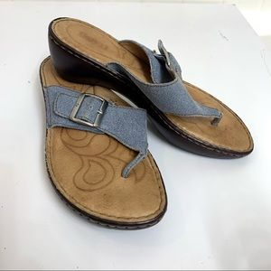 BORN Denim Blue Comfort Leather Thong Sandals 9